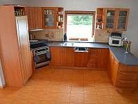 Plně vybavená kuchyň - chalupa k pronajmutí Tanvald