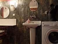 velká koupelna - chalupa k pronájmu Černá Říčka