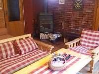 Obývací pokoj - chalupa k pronájmu Příchovice