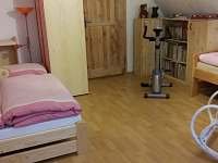 1.ložnice 3 lůžka