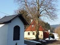 kaplička a lípa před chalupou již 120 let - pronájem Jablonec nad Nisou - Krásná