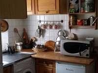 Kuchyňka s kompletní výbavou - pronájem chalupy Jablonec nad Nisou - Krásná