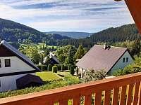 výhled z terasy - chata ubytování Jiřetín pod Bukovou
