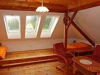Horní ložnice - chalupa k pronájmu Koloděje nad Lužnicí