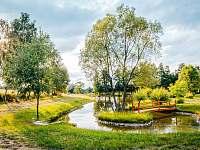 V okolí se nachází nádherné rybníky