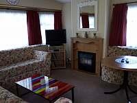 Obývací pokoj s plynovým krbem - Olšany u Studené