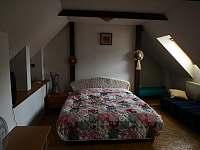 Samostatná ložnice pro pět osob
