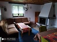 Obývací pokoj - chata k pronajmutí Kunžak