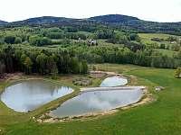 Snímek spodních rybníků z letadla