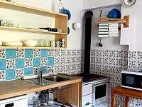 ap.A kuchyně - pronájem chalupy Kamenná Lhota