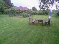 zadni zahrada - chalupa ubytování Rychnov u Nových Hradů