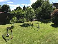 Zahrada - chalupa k pronajmutí Borotín