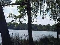 rybníky v okolí