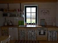 kuchyň - pronájem chalupy Skalice