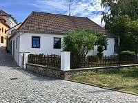 Týn nad Vltavou ubytování 13 lidí  pronajmutí