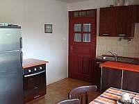 Kuchyň - pronájem chalupy Mnich