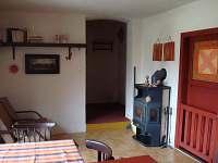 Kuchyň - přízemí - chalupa ubytování Mnich
