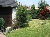 Zahrada - pronájem chalupy Mnich