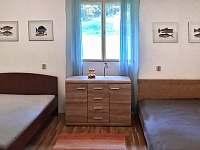 pokoj č.1 čtyřlůžkový - chalupa ubytování Žebrákov u Orlíka