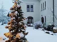 zima z restaurační terasy - Bechyně