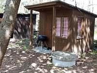 Dětský domeček a garáž na kola - chata ubytování Planá nad Lužnicí