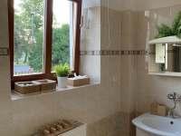 Koupelna - chalupa k pronajmutí Cizkrajov