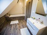 Koupelna - apartmán k pronájmu Stráž nad Nežárkou - Dvorce