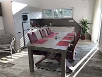 Kuchyň - chalupa k pronájmu Chlum u Třeboně