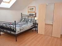 ložnice - vila k pronájmu Lipno nad Vltavou