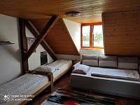 Ložnice II - apartmán k pronajmutí Horní Chrášťany