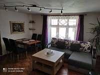 Obývák a jídelna - Horní Chrášťany