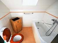 podkroví - 2.koupelna - Dlouhá Lhota