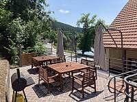 Terasy výhled řeka - Rožmberk nad Vltavou