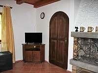 Obývací pokoj - chata k pronajmutí Břehov u Českých Budějovic