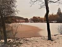 rybník - v zimě nabízí krásné bruslení v přírodě - Nišovice