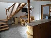 Kuchyňe v 1.PP - chalupa ubytování Milenovice