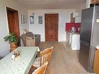 Kuchyně a jídelna, 1.patro - apartmán ubytování Čestice