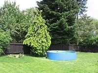 bazén u chalupy v Okrouhlé - ubytování Okrouhlá