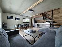 Obývací pokoj Vila č.2 - k pronájmu Černá v Pošumaví - Jestřábí