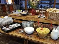 Snídaně - chatky k pronajmutí Zvůle