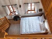 Ložnice v přízemí - chalupa k pronajmutí Nová Bystřice - Nový Vojířov