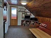 Obývák - chata k pronájmu Břehov - Picina