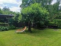 Zahrada před chatou - k pronájmu Břehov - Picina