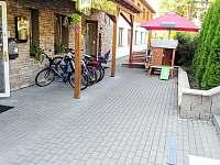hlavni vstup do domu - pronájem apartmánu Lipno nad Vltavou