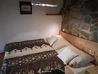Ložnice přízemí - apartmán k pronajmutí Nová Bystřice - Hůrky