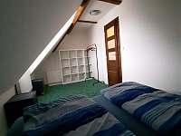 Ubytování v podkroví na statku - Jarotice
