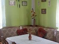 posezení v kuchyni - chalupa ubytování Nítovice