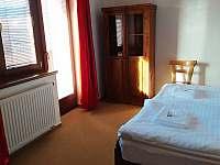 Ložnice 1. - rekreační dům k pronájmu Lipno nad Vltavou