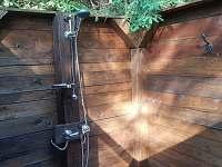 sprchový kout - chata k pronájmu Chřešťovice