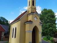 Kaplička na návsi - chalupa k pronájmu Bělčice - Hostišovice